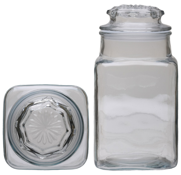 Clear Glass Tobacco Jar 62oz.